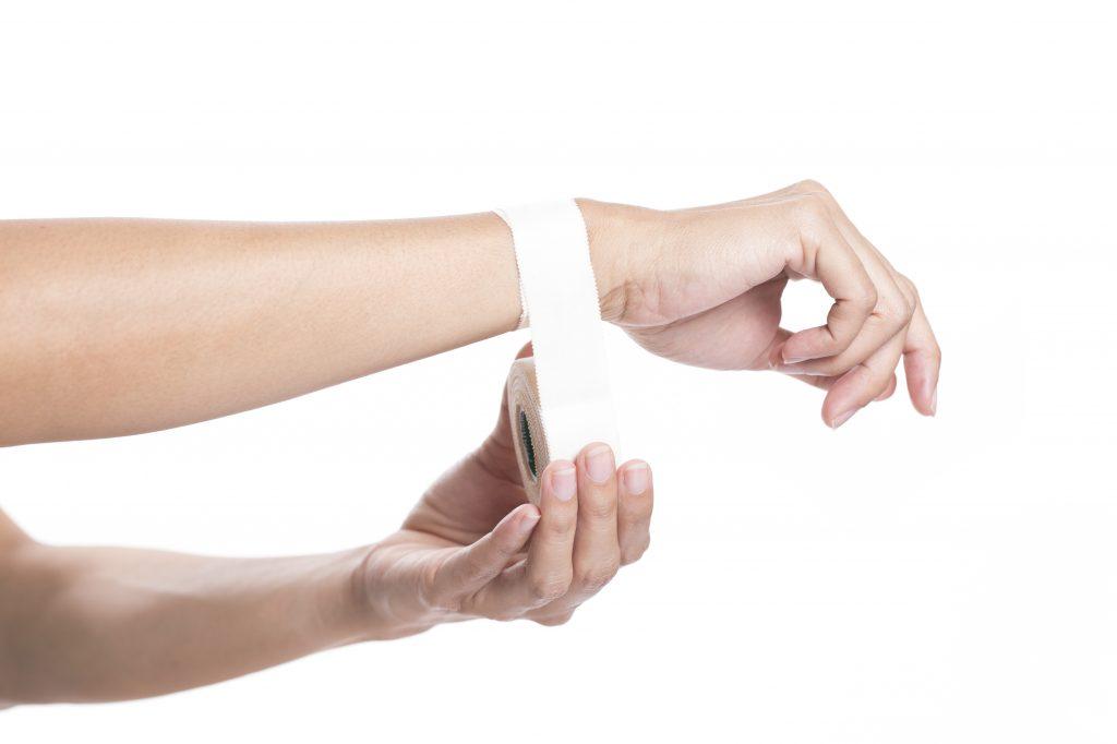 taping-blanc-physiotherapie-parfait-sportif