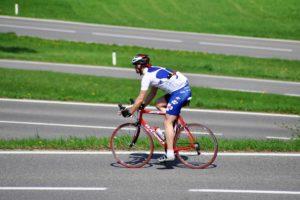 3-exercices-de-renforcement-pour-éviter-les-blessures-à-vélo